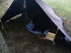 Pedro im Zelt bei Thorsten